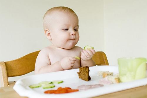 Những thói quen ăn uống của trẻ không tốt (Phần 2)